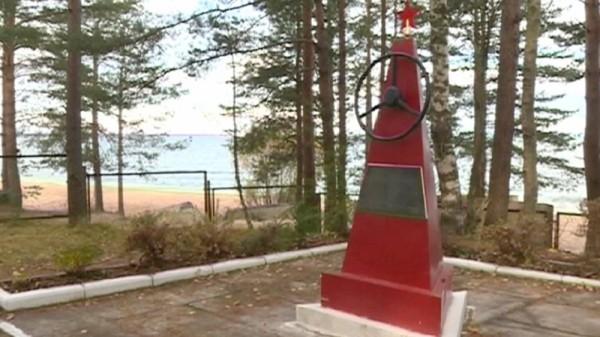 Во Всеволожском районе отреставрировали памятник защитникам Дороги жизни